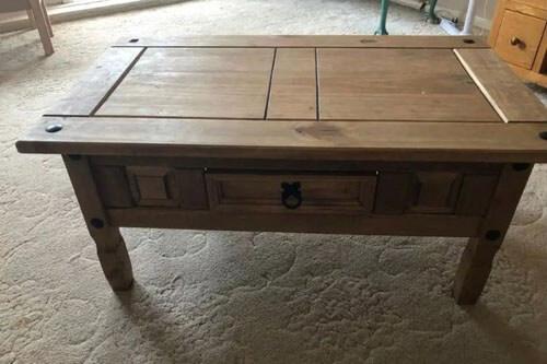 собачья лежанка из столика