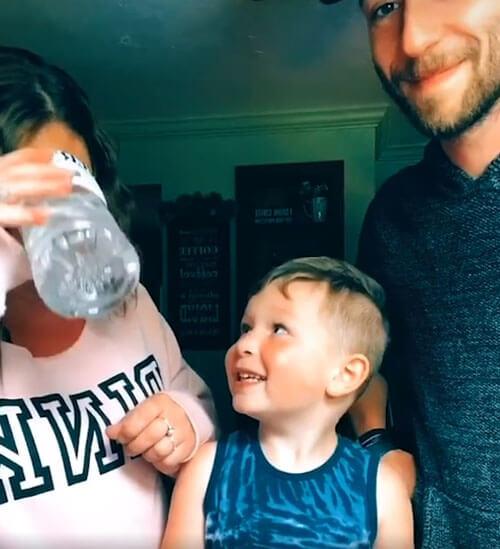 волшебство с бутылкой воды