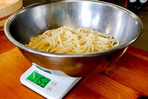 рекорд с поеданием лапши