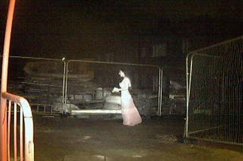 призрачная невеста на стройке