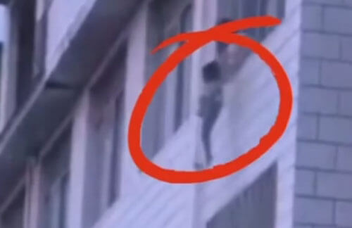 мама и сын прыгнули с балкона