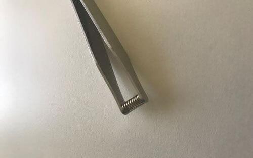 пинцет для удаления волос из ушей