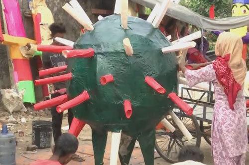 чучело изображает коронавирус