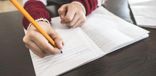 девочка с плохим почерком