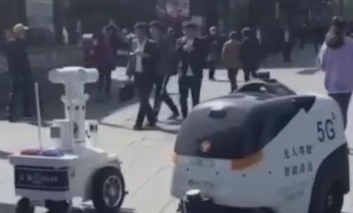встреча двух роботов