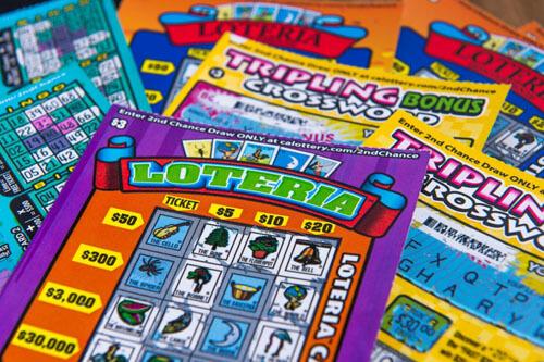 подаренный лотерейный билет