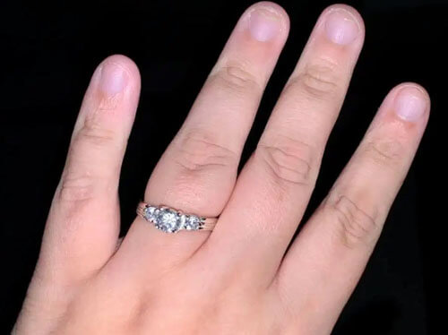 фальшивое краденое кольцо