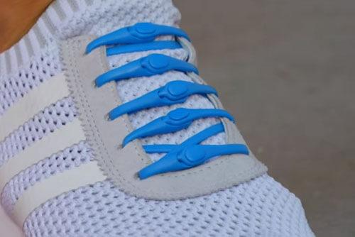 шнурки не нужно завязывать