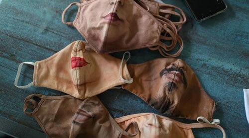 маски с нарисованными лицами