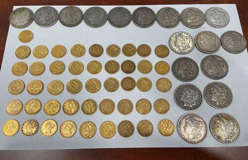 редкие монеты в тайнике