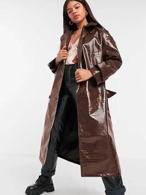 новое пальто насмешило модницу