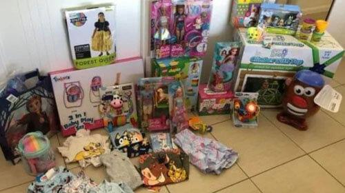 много подарков для дочки