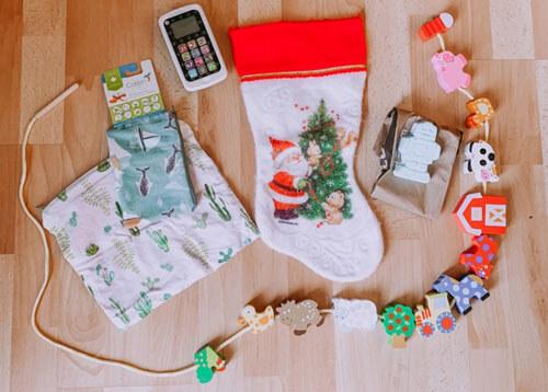 женщина экономит на подарках