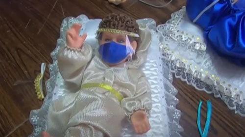 младенец иисус в маске