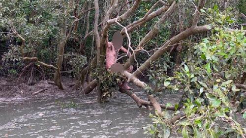 беглец чуть не попался крокодилам