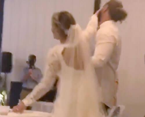 жених грубо обошёлся с невестой