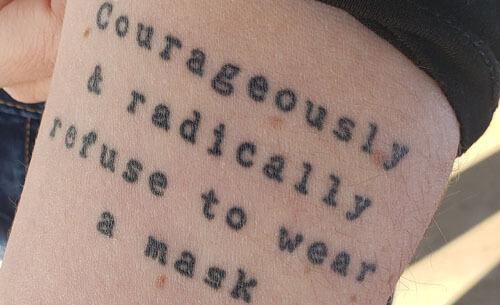 татуировка получилась очень глупой
