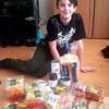 сын купил себе продукты