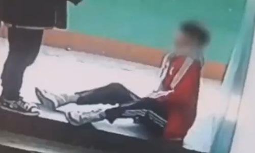 фальшивая травма школьника