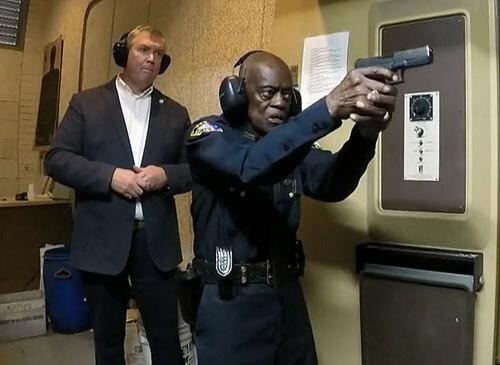 самый старый полицейский