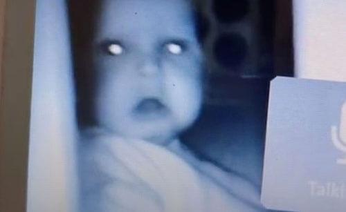 малышу не понравилось наблюдение