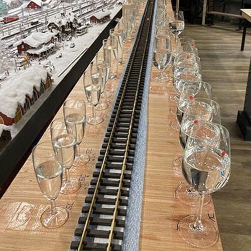мелодия на стеклянных стаканах