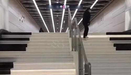 красивая лестница в метро