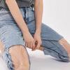 джинсы с прозрачными коленями