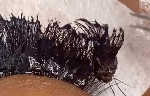 ужасное наращивание ресниц