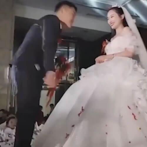 невеста не испачкала белое платье