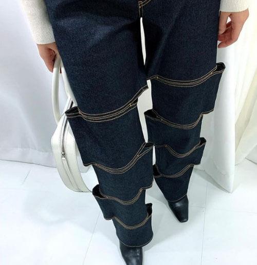 иллюзия разрезанных ног в джинсах