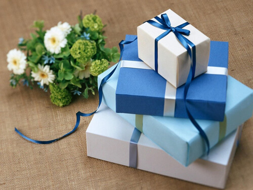 хороший подарок на свадьбу
