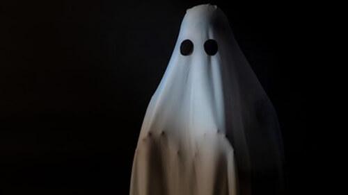 сосед подослал призрака