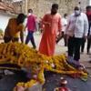 лошадиные похороны в индии
