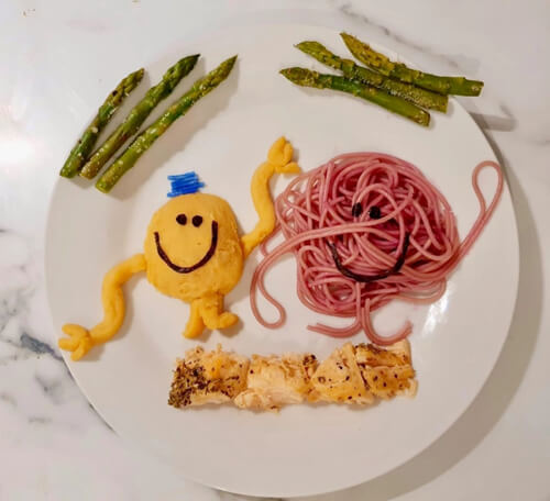 сын научился есть овощи и фрукты