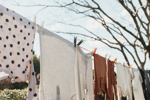 способ сушить одежду на верёвке
