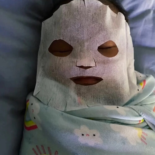 косметическая маска для малыша