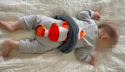 кошачья игрушка для малыша
