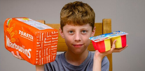 мальчик с пищевой фобией