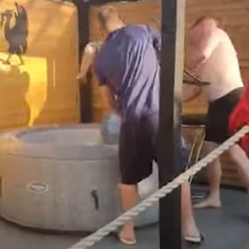 бассейн привёл гуляку в чувство
