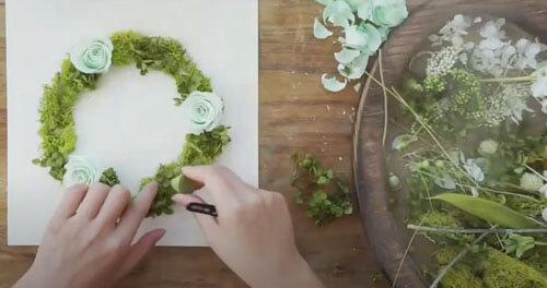цветочные венки в доме