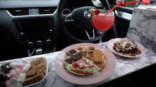 вкусные десерты в автомобиле