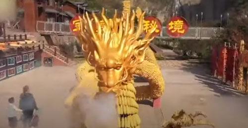 золотой дракон из кукурузы