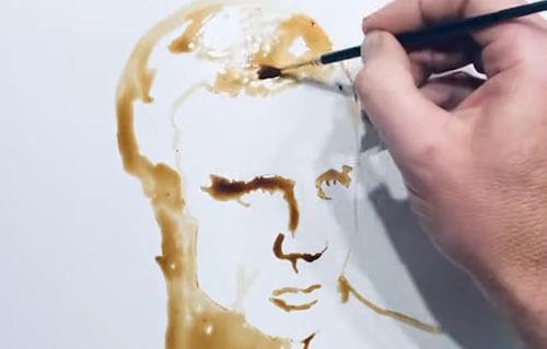 портрет из пролитого кофе