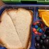 странные бутерброды для школьника
