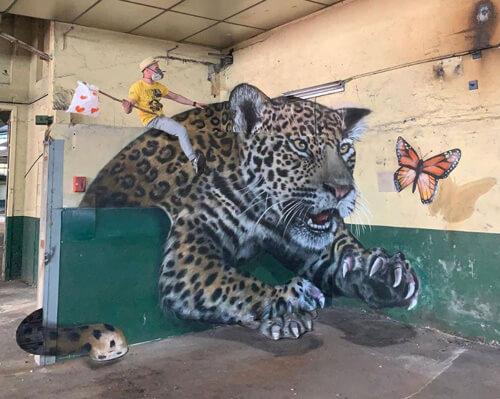 уличные граффити с иллюзиями